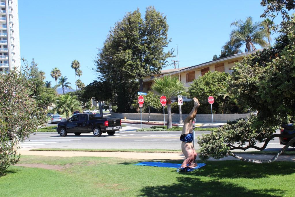 Yogin w Parku Palisades w Santa Monica:)