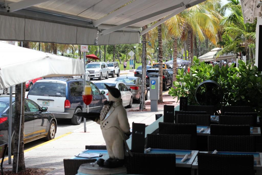 """Miami, South Beach, Hotel Penguin na Ocean Drive. W nim były kręcone niektóre sceny z """"Graceland"""", o czym dowiedziałam się mieszkając w nim :)"""
