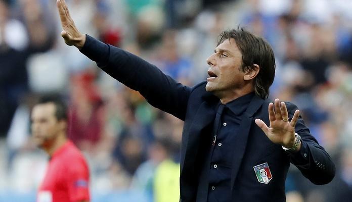 Trener reprezentacji Włoch Antionio Conte w garniturze Dolce & Gabbana