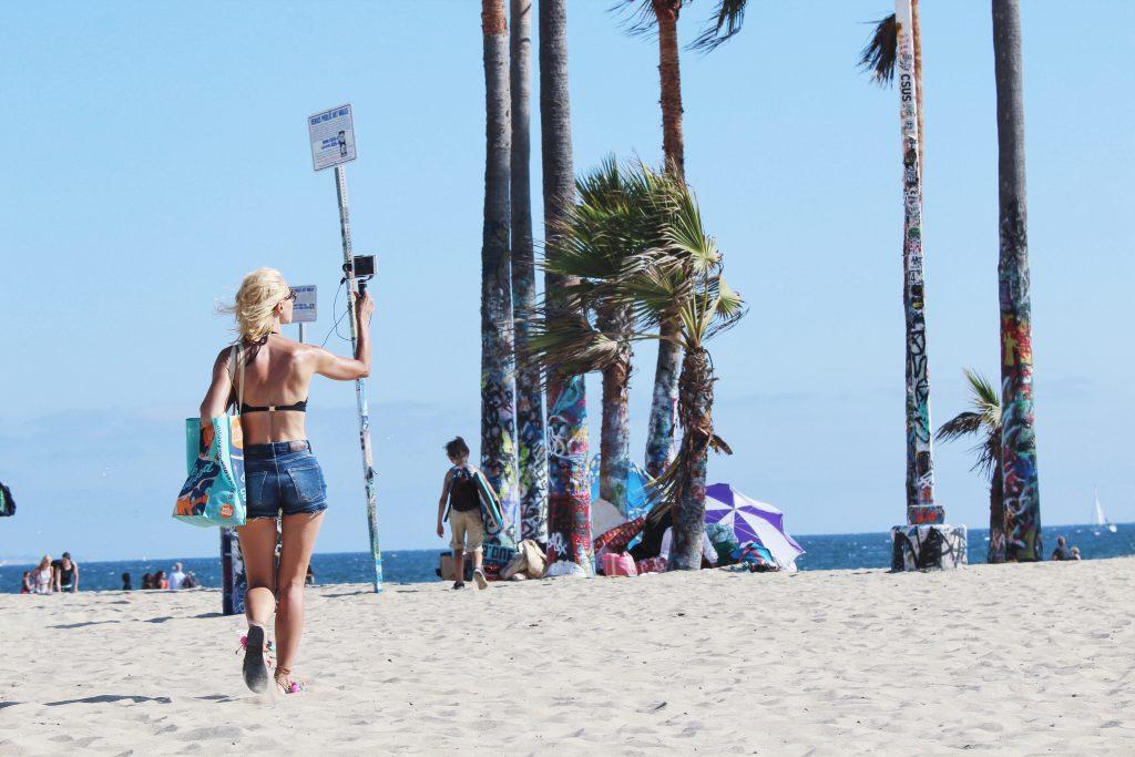 Jeansowe szorty na Venice Beach