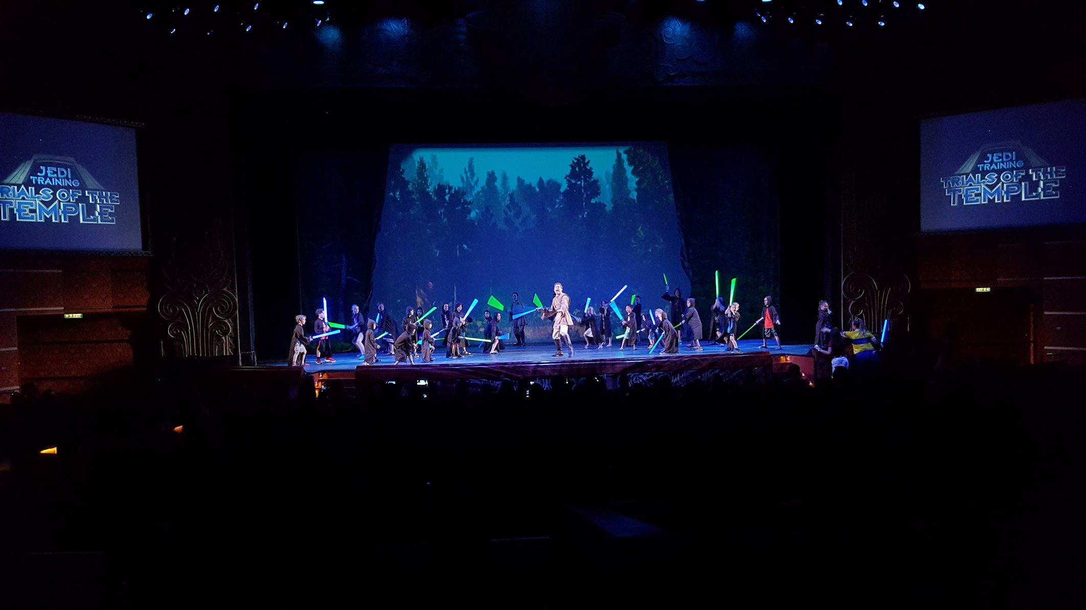 Szkolenie Jedi w teatrze na statku Disney Dream